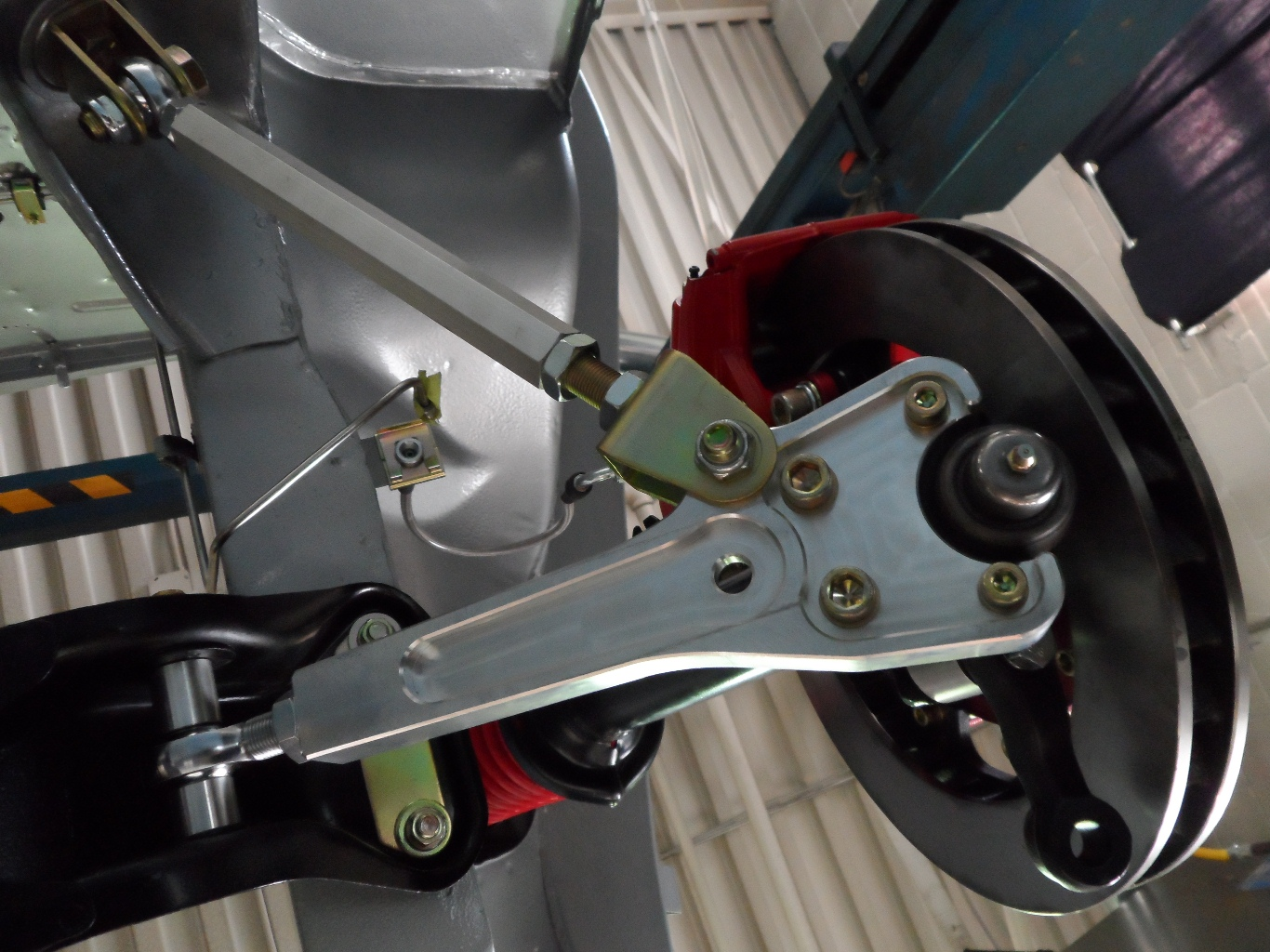 1971 Datsun 240Z RestoMod – Front Suspension and Wilwood