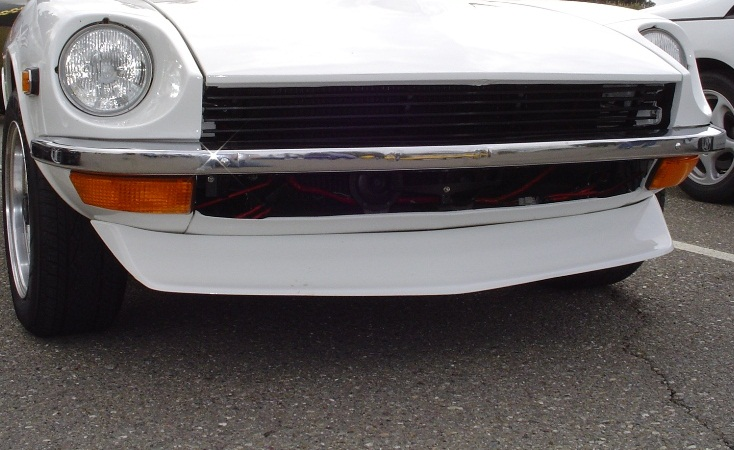 240z-spook-front-air-dam-no-ducts1.jpg
